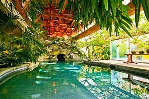 Tropical Paradise Resort House – Inground Pool, Hidden