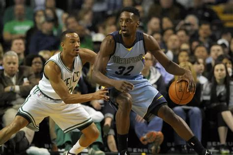 Avery Bradley talks about why he should be Defensive ...