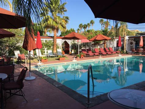 casa larrea inn palm desert affordable hotel
