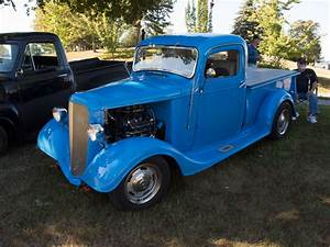 Street Feature  Jim Krotzer U0026 39 S One Year Off 1936  1937 Chevy
