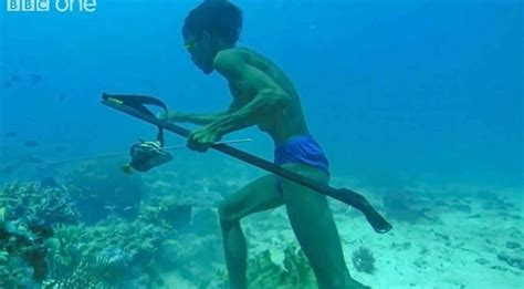 superhuman diver   meters underwater walks