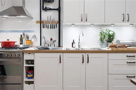 Charming Small Studio Apartment With Spacious Kitchen