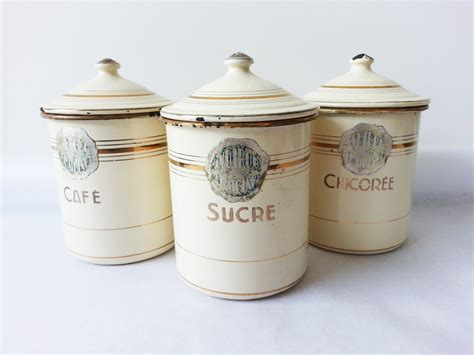 country kitchen canisters 1940 s kitchen canisters set enamelware