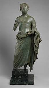 Contexts for the Display of Statues in Classical Antiquity ...