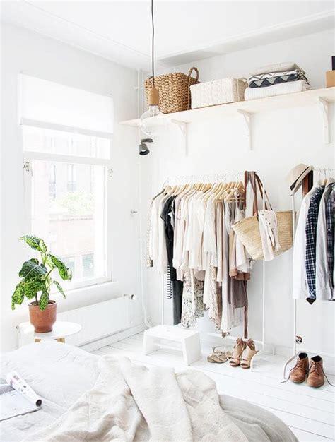 Organizzare Guardaroba by 7 Idee Furbe Per Organizzare Il Guardaroba Zigzagmom