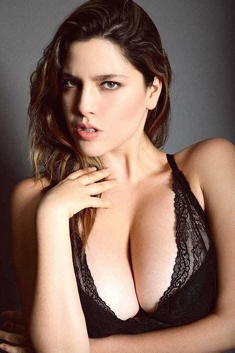 Plus-size model stuffs false buttocks in her knickers to