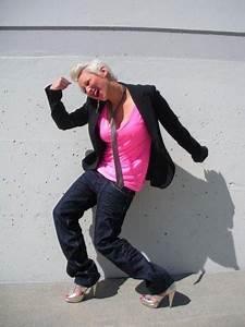Steffy Jay Neon Pink Tee London Leather Skinny Tie