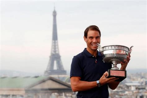 Rafael Nadal returns to Mallorca, bringing another Roland ...
