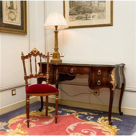 chaise dor e bureau 78x120x53 cm chaise en bois doré 89x43x40 cm une la