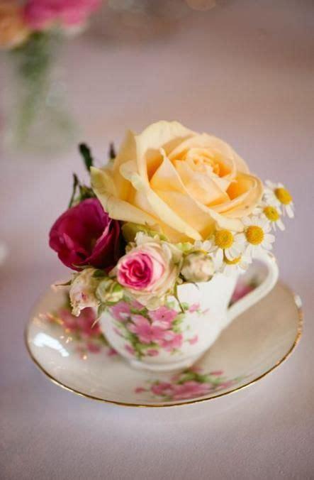 wedding table settings flowers vases ideas vintage