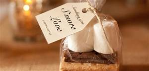 Wedding favors awesome wedding favor gifts guide jam in for Wedding party gifts ideas