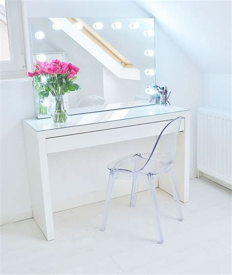 vanity desk with mirror ikea 25 best ideas about white gloss dressing table on