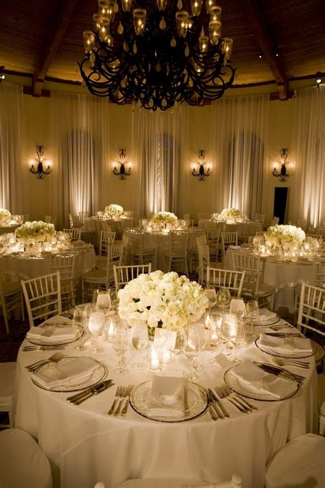 Valentino Flowers Dubai Best Wedding Decoration in Dubai
