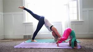 Yoga At Home : mommy and me yoga at home part 1 youtube ~ Orissabook.com Haus und Dekorationen