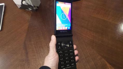on with freetel s android flip phone news