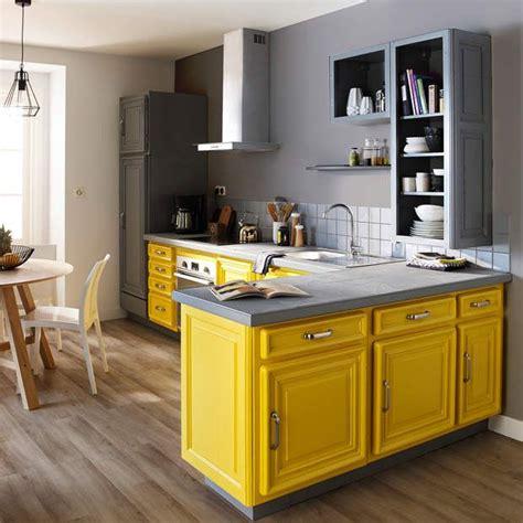 cuisine gris jaune 1000 idées sur le thème armoires de cuisine jaune sur