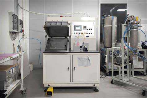 test it cooltech helium leaktesting