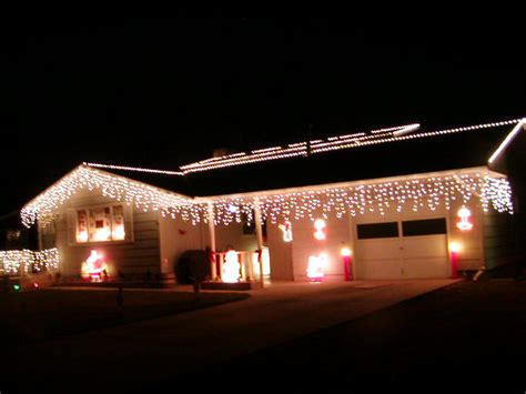 outdoor icicle lights liven your home with