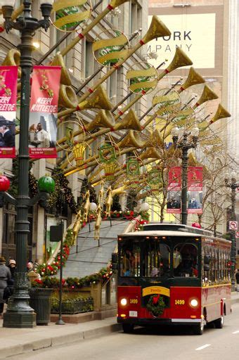 trolley holiday lights tour introduces families to