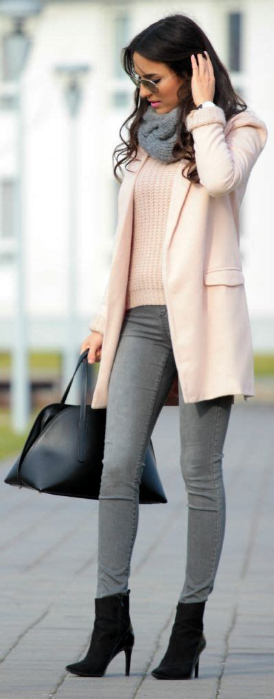Dark Grey Skinny Jeans Outfit