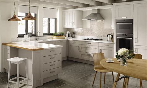 shaker kitchen ideas a mornington shaker with a painted finish