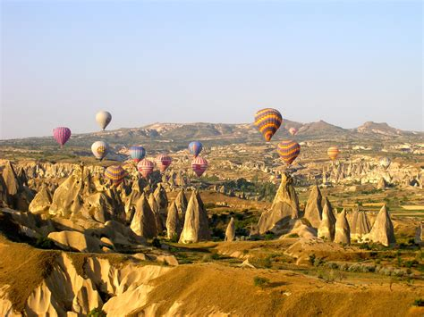 The Best Cities for Hot Air Ballooning - Mapping Megan