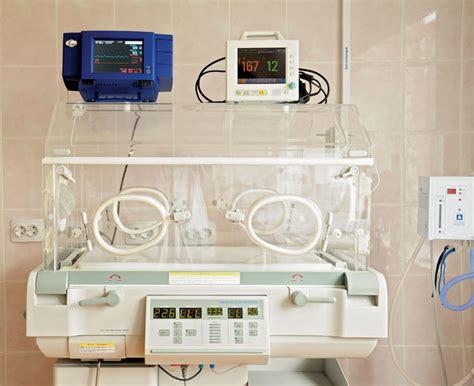 Incubator | insulated enclosure | Britannica