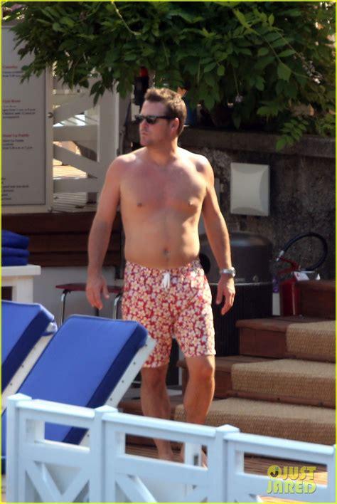 chris odonnell  shirtless  family vacation  lake como photo  caroline