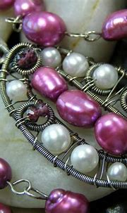 pink pearl pod   Fuchsia pink and off white freshwater ...