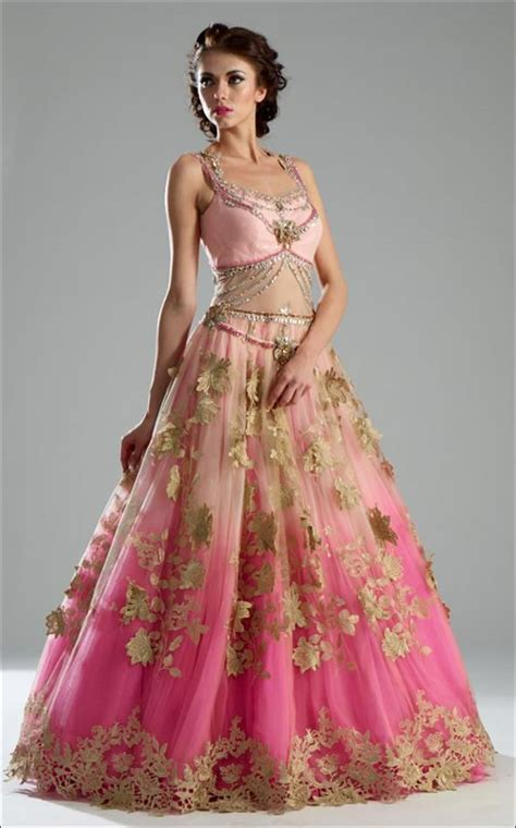 Your indian wedding gown is what shines out your eccentric look with indian and. Indian Wedding Dresses - 22 Latest Dresses To Look Like A Diva