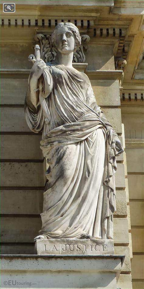 Photos of La Justice statue on Palais du Luxembourg - Page 433