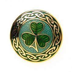images  shamrocks  pinterest clovers irish