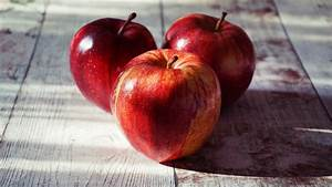 Free Images   Apple  Red Apples  Fruit  Raw Food  Healthy