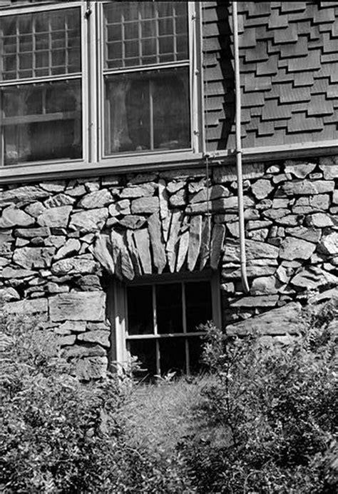 victorian shingle style houses    house web