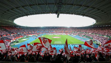 oefb noch ohne neuen vertrag fuer happel stadion sky sport