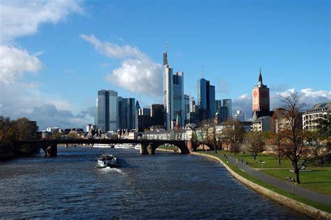 Frankfurt am Main Pictures   Photo Gallery of Frankfurt am