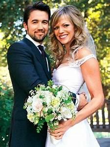 Kaitlin Olson Age, Height, Husband Rob Bcelhenney, wedding ...