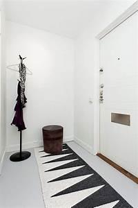 Tapis Noir Et Blanc Scandinave : un tapis dans mon entr e aventure d co ~ Teatrodelosmanantiales.com Idées de Décoration