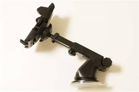 自由自在、強力吸盤の車載スマホホルダー「easy One Touch 2」レビュー  Teradas-テラダス