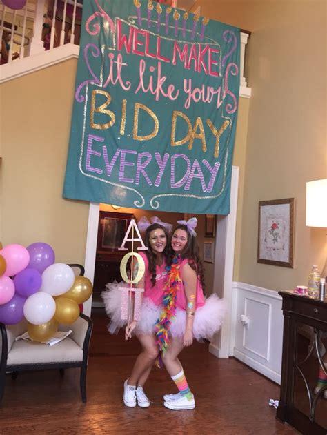 bid in 25 best ideas about bid day themes on