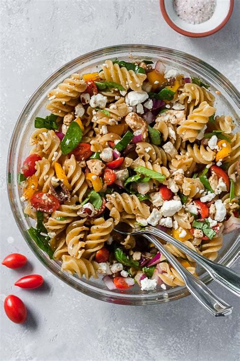 Give pasta salad the makeover it deserves. Simple Greek Summer Pasta Salad - Hungry by Nature