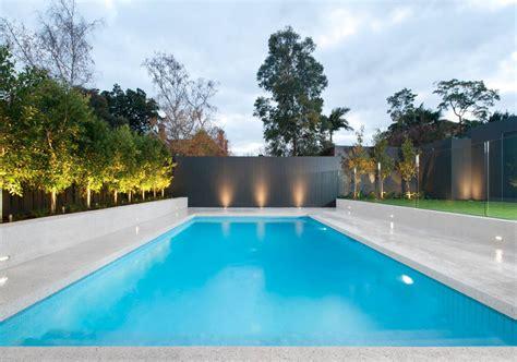 construct  pool   backyard