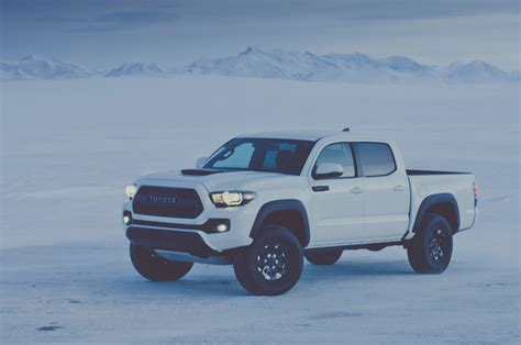 toyota tacoma 2017 toyota tacoma reviews and rating motor trend