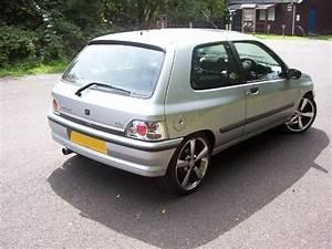 Silvervalver 1995 Renault Clio Specs  Photos  Modification