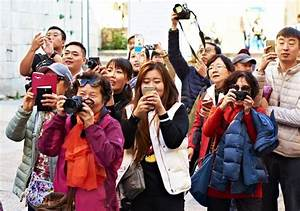 Why have Chinese tourists earned a bad reputation abroad ...