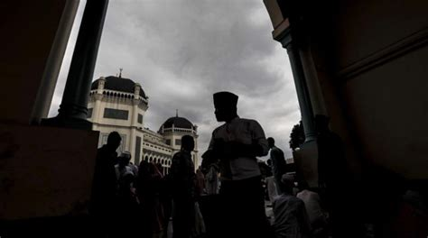 Amid outcry over blasphemy case, Indonesia issues ...