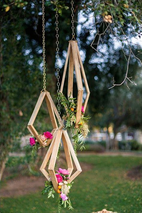 spectacular diy floral chandeliers   bring