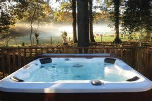 tub breaks for 2015 lodge holidays