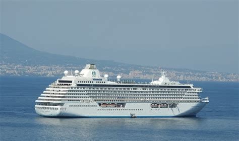 Diamond Princess 150 Passengers Contract Norovirus On ...