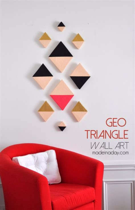 Who doesn't love paper wall decor ideas? 17 Simple And Easy DIY Wall Art Ideas For Your Bedroom